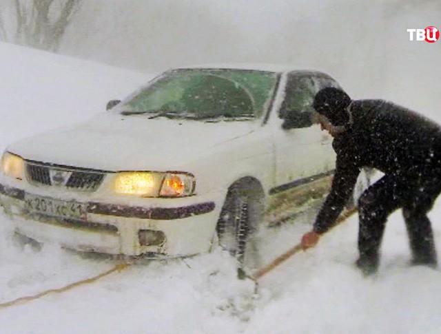 Последствия снегопада в Камчатском крае
