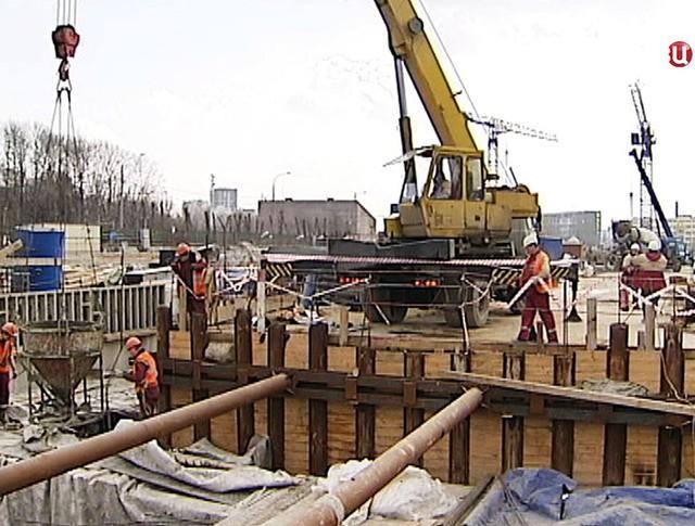 """Строительство станции метро """"Селигерская"""""""