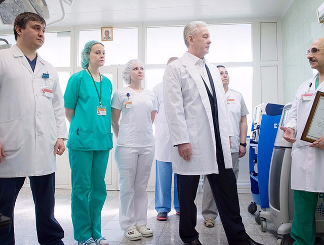 Сергей Собянин поблагодарит врача