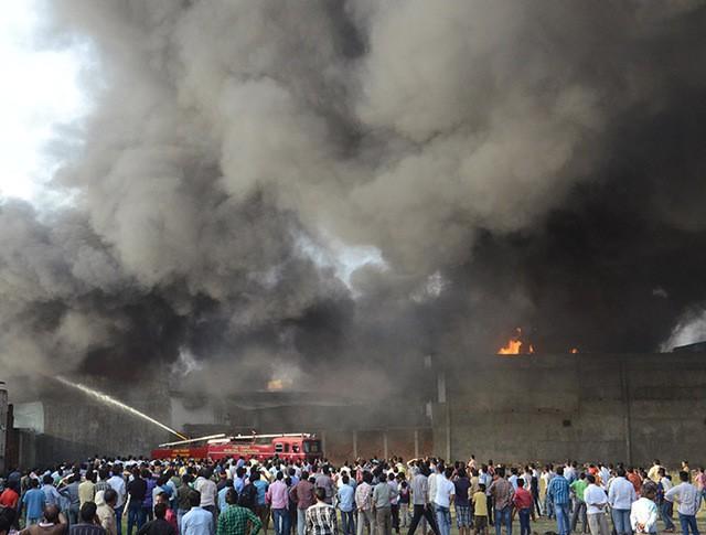 Пожар храма в Индии