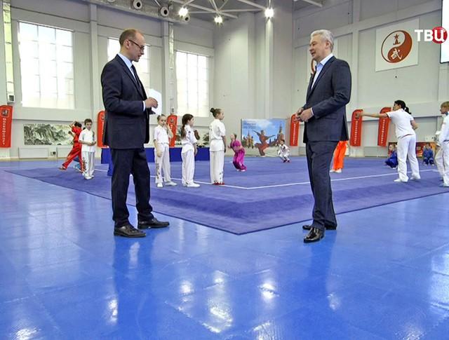Мэр Москвы Сергей Собянин дает интервью телеведущиму Алексею Фролову