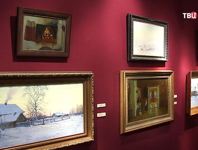 Выставка современных российских художников в Коломенском