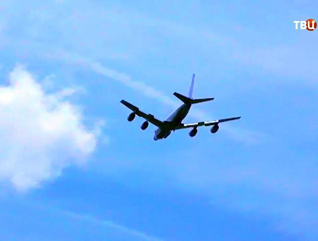 Самолет ВВС США RC-135