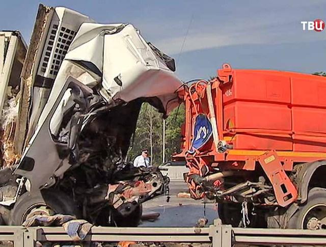 ДТП с участием грузовиков