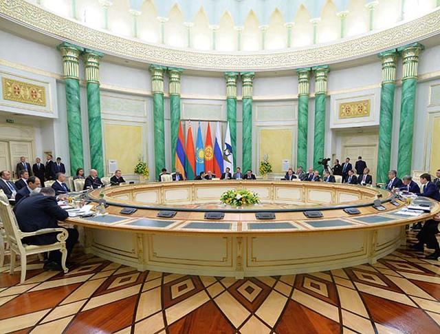 Заседание в Астане Высшего Евразийского экономического совета на уровне глав государств в расширенном составе