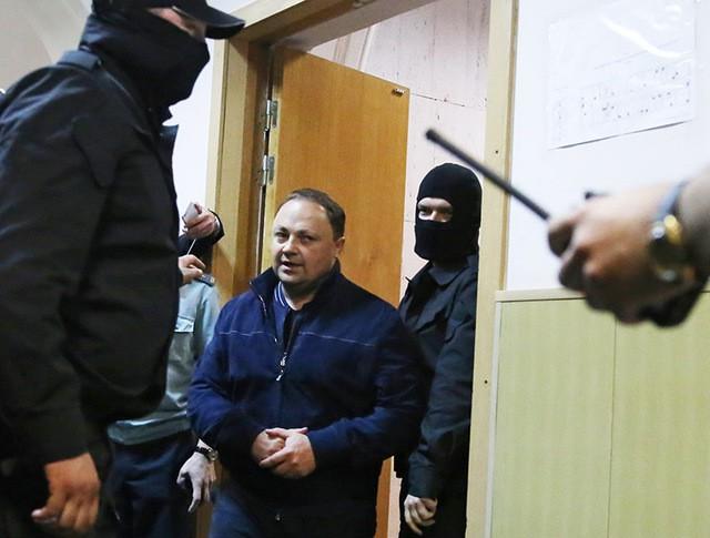 Мэр Владивостока Игорь Пушкарев в Бассманном суде Москвы