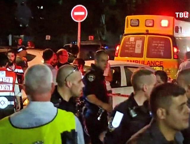 Экстренные службы Израиля на месте происшествия