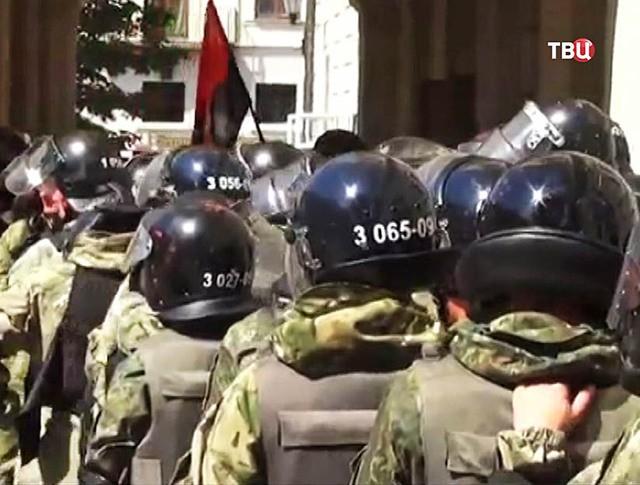 Бойцы нацгвардии Украины