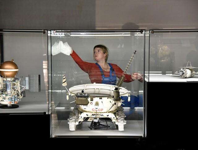 """Выставка """"Космос: рождение новой эры"""" на ВДНХ"""