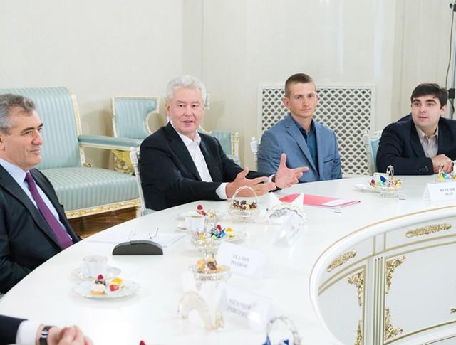 Мэр Москвы Сергей Собянин на встрече с победителями IV Национального чемпионата «Молодые профессионалы»