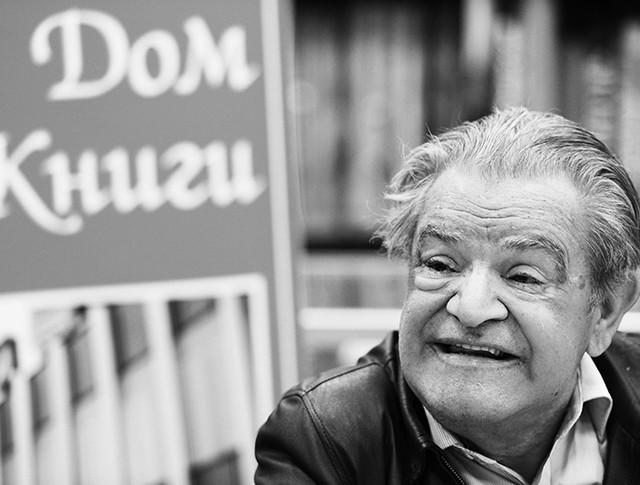 Писатель Фазиль Искандер