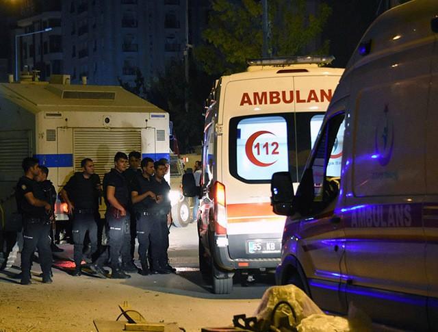 Скорая помощь на месте взрыва в Турции