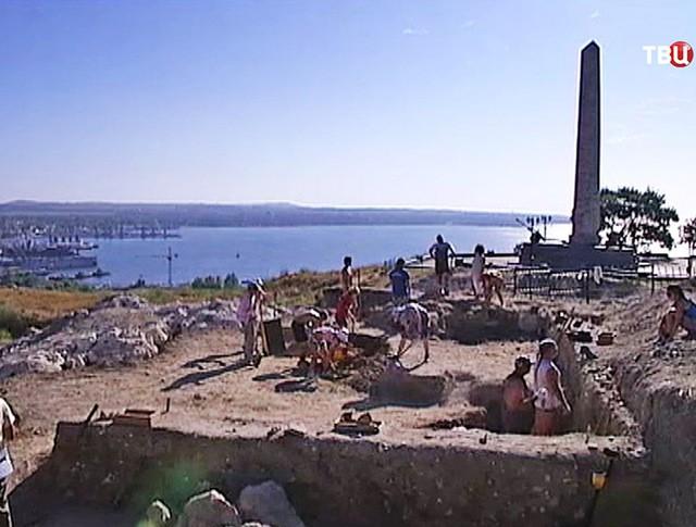 Археологические раскопки в Керчи