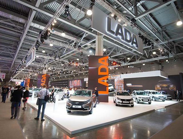 Стенд LADA на Московском международном автомобильном салоне-2016
