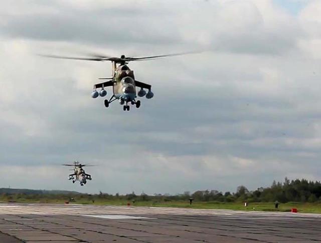 Перебазирование вертолетов армейской авиации на оперативные аэродромы