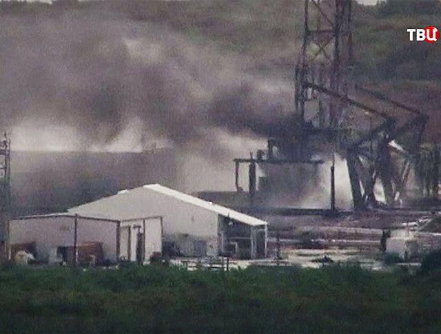 Последствия взрыва ракеты Falcon 9 на мысе Канаверал