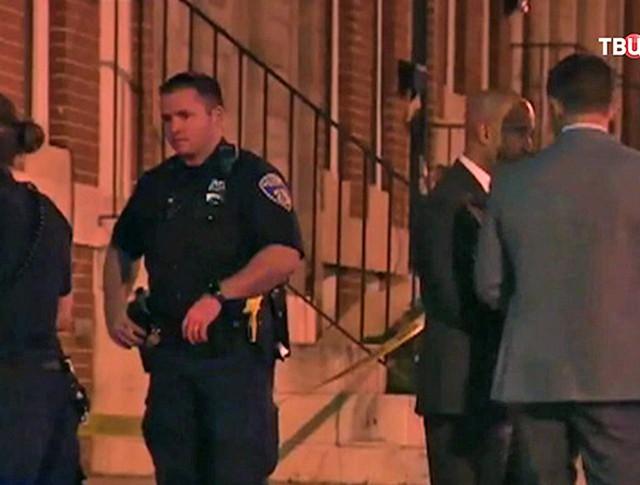 Полиция на месте убийства афроамериканца в Северной Каролине