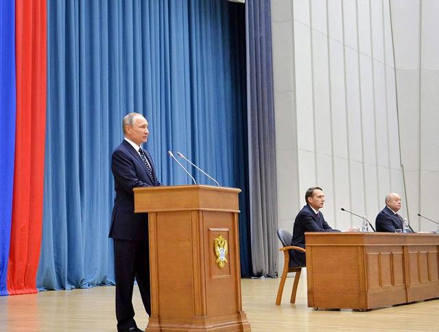 Президент России Владимир Путин посетил штаб-квартиру Службы внешней разведки России (СВР)