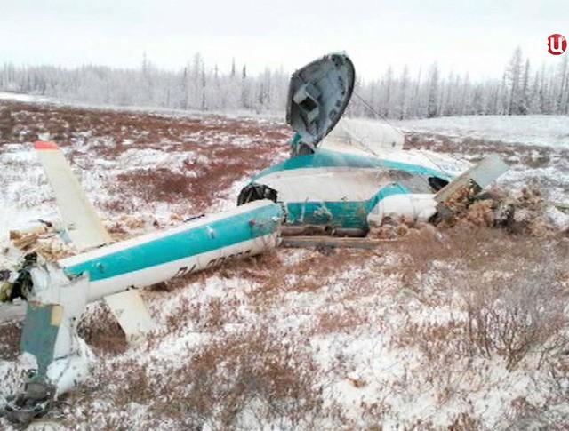 Последствия крушения вертолета Ми-8