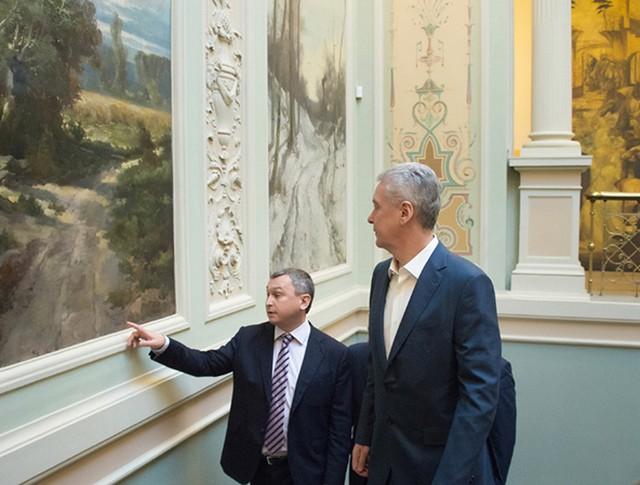 Сергей Собянин осматривает особняк Зиминых