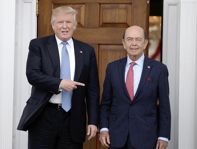 Избранный президент США Дональд Трамп и миллиардер Уилбур Росс