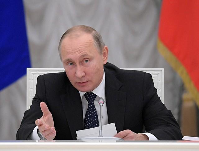 Президент РФ Владимир Путин на заседании Совета по науке и образованию в Кремле
