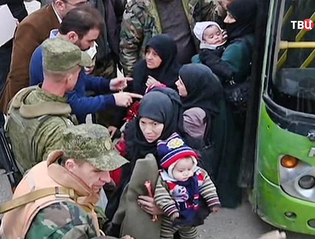 Беженцы из Сирийского города Алеппо