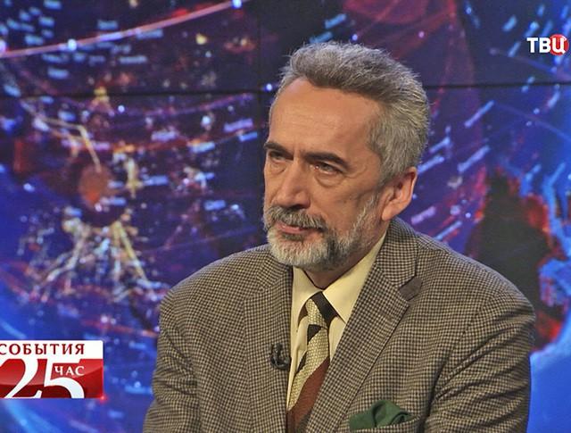 Владислав Белов