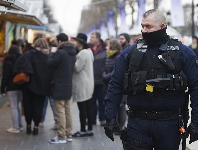 Сотрудник полиции Франции