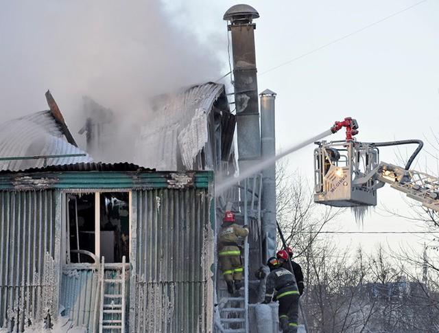 Ликвидация пожара в гостинице на Ярославском шоссе