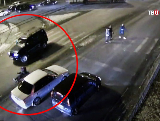Автомобиль сбил пешехода