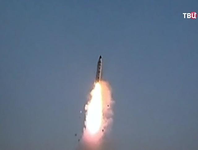 Запуск ракеты КНДР