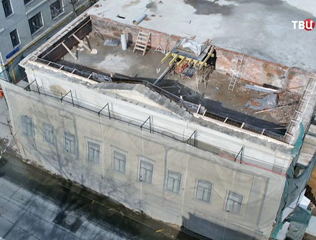 Ход реставрации памятника архитектуры в центре Москвы