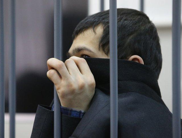 Аброр Азимов в зале суда