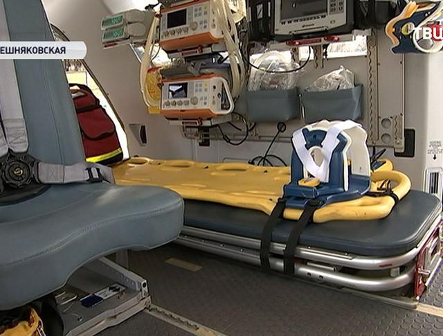 Оборудование вертолета медицинской службы