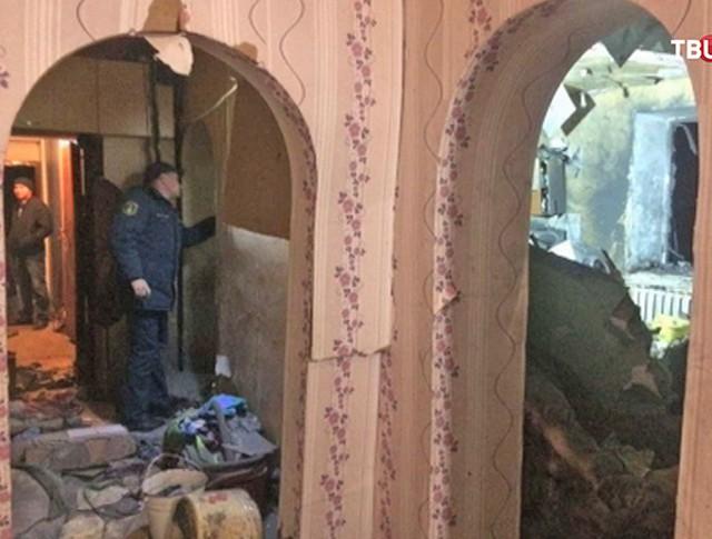 Последствия обрушения в жилом доме в Хакасии