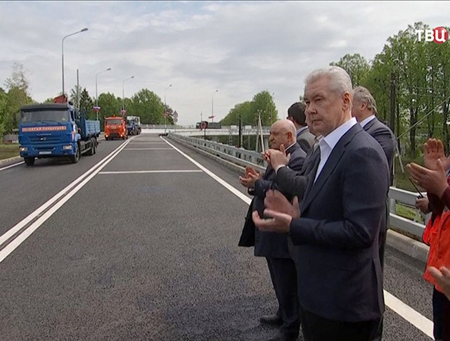 Сергей Собянин на открытии нового путепровода в Переделкине