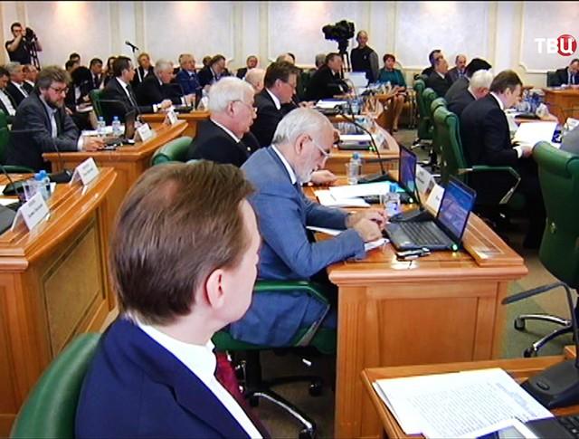 Пресс-конференция в Совете Федерации РФ