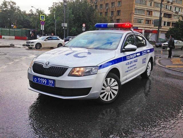 Автомобиль ДПС полиции в Москве
