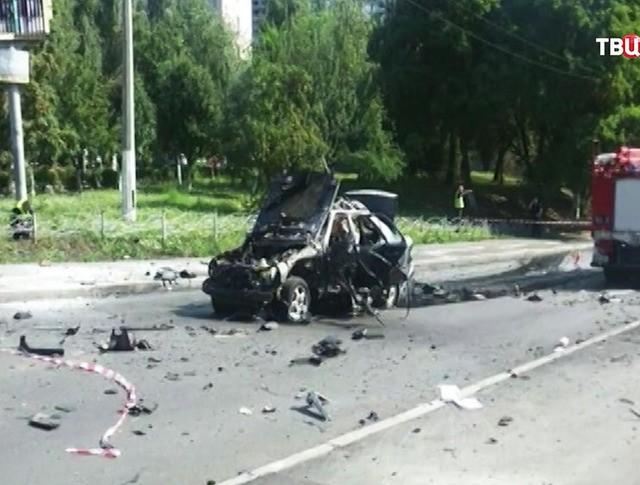 На месте взрыва автомобиля в Киеве