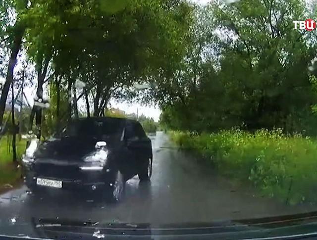 Автомобиль бывшего полицейского, сбившего пенсионерку