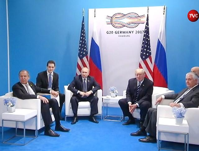 Владимир Путин и Дональд Трамп на саммите G 20 в Гамбурге
