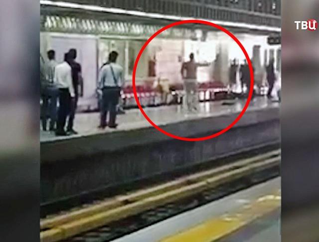Нападение в метро Тегерана