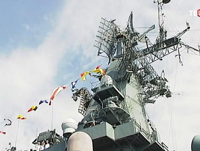 Подготовка к параду ко Дню ВМФ