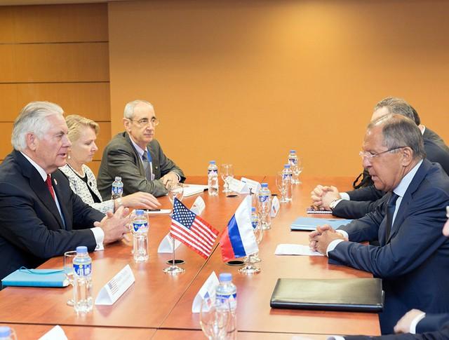 Глава МИД России Сергей Лавров и госсекретарь США Рекс Тиллерсон