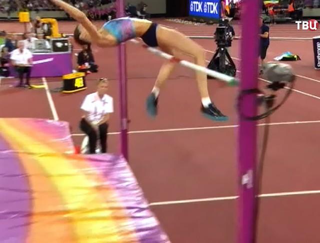 Мария Ласицкене на соревнованиях по прышкам