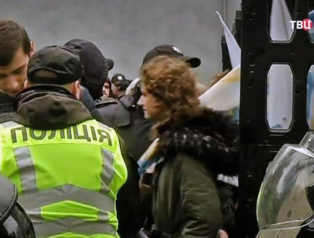 Полиция Украины на митинге