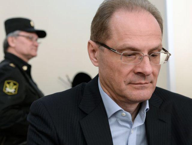Экс-губернатор Новосибирской области Василий Юрченко в Центрального районном суде Новосибирска во время судебного заседания