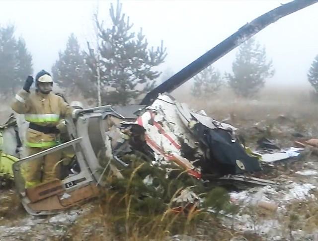 На месте падения вертолета в Татарстане