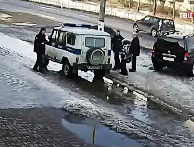 Полиция Приозерска на месте наезда автомобиль на мальчика